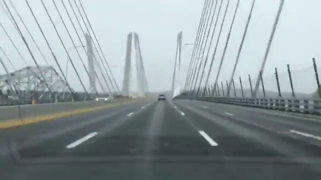 Light traffic and flurries so far this morning on the Gov. Mario Cuomo Bridge, Weds. March 21, 2018.