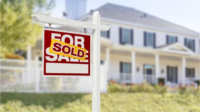 The Lower Hudson Valley housing market shows signs of slowdown, as the number of sales declined most of housing categories. (Video by Akiko Matsuda/The Journal News)