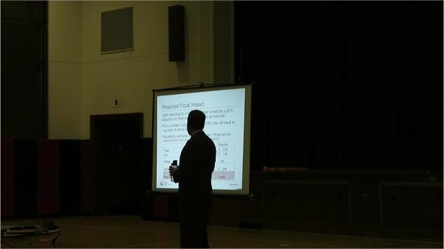 Center for Government Research Associate Principal Paul Bishop presented the Center's study on the Village of Van Etten's potential dissolve to residents Tuesday night at Spencer Van Etten Elementary. Village residents can vote on the referendum on November 13th.