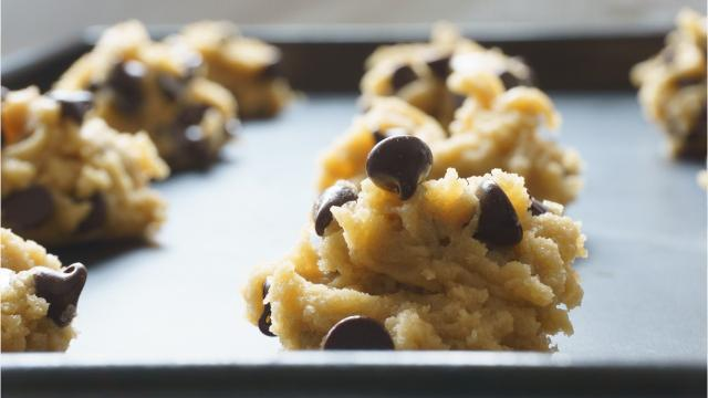 Dough Life, a raw cookie dough franchise, will open at the Oakdale mall.