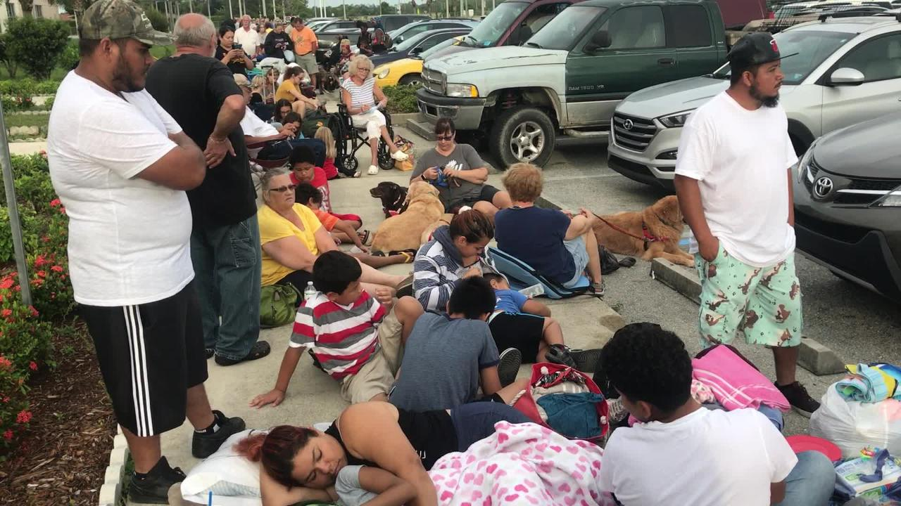 Hundreds waiting in line to enter at Fort Myers shelter