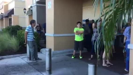 Hurricane Irma: People wait in line for Publix to open