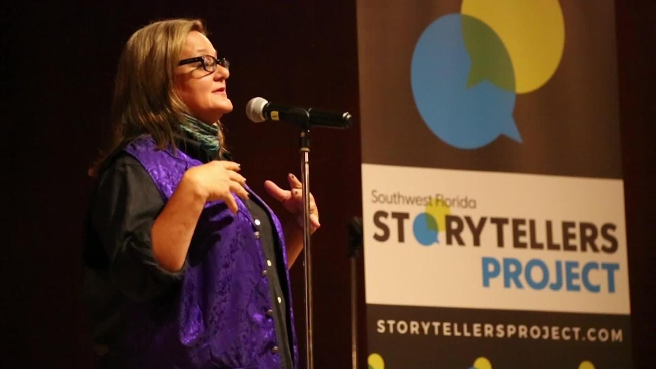 Storyteller Amy Bennett Williams, reporter at the News-Press, shares a memorable story from her career during the Southwest Florida Storytellers Project at the Cape Coral Yacht Club.