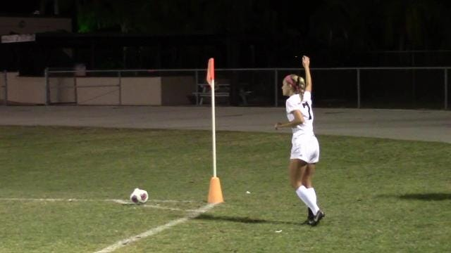 Two early goals lifted Mariner by North Fort Myers 2-1 to put them in first place in the 3A-13 standings. Here's the highlights from Tuesday.