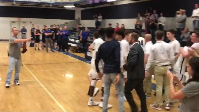 Oasis boys basketball wins District 5A-10 title