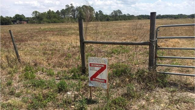 North Fort Myers residents want Lee County to reject a proposed 330-unit development in rural northeastern Lee County