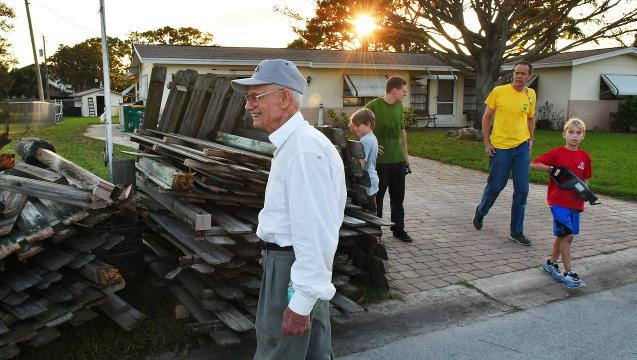 Brevard Boy Scouts help WWII vet with Hurricane Irma damage