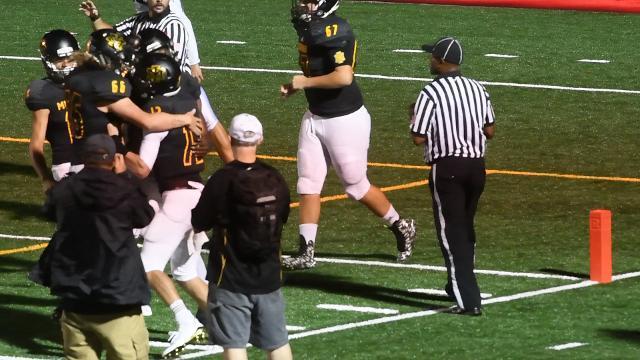 Video: Watch Michael Moss score a touchdown