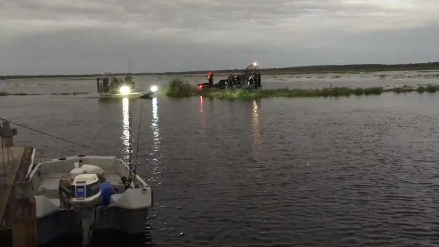 Tragic Fishing Accident In Lake Geneva >> Video The Search For Missing Airboat Passengers