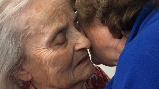 """In powerful, poignant stories, Britt Kennerly — who brought us the award-winning """"Aging Alone"""" series—shares her mother's journey, and how her family is coping with """"The Long Goodbye."""""""