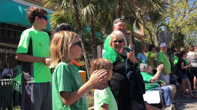 Thousands jammed the streets of downtown Melbourne for the annual St. Patrick's Day parade and Irish Festival. Video by Craig Bailey. Posted March 17, 2018.
