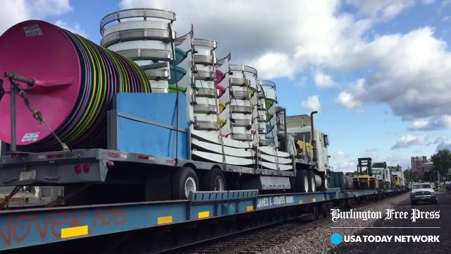 When state road regulations put a crimp in transport, Vermont Rail welcomes oversized rides. Produced Aug. 23, 2017.