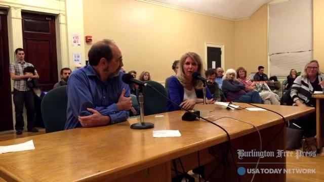 After two tie votes, 6 for Ting and 6 for Keep Burlington Telecom Local, the Burlington City Council on Monday, Nov. 6, 2017 approved a resolution to create a joint proposal by both bidders.