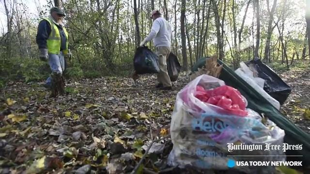 City clears homeless campsite off North Avenue