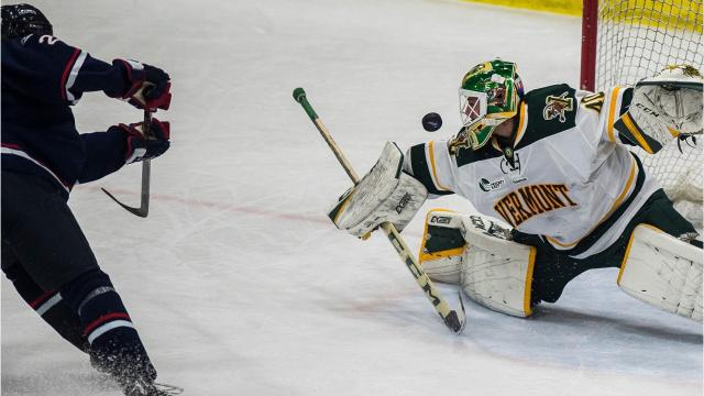 UConn men's hockey dominated UVM at home Tuesday night, Nov. 21, 2017, scoring three goals in the first period.