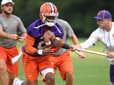 According to Clemson co-offensive coordinator Tony Elliott, flexibility at the line of scrimmage is inherent to the offense, but it is not granted to a quarterback until he earns trust