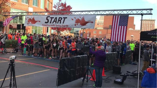 RAW: Watch all 4,000 runners, walkers and gobblers start TreesGreenville Turkey Day 8k and 5k