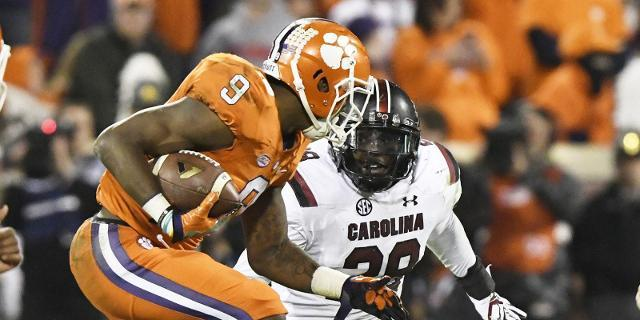 The Clemson Tigers and South Carolina Gamecocks created countless memories through their previous 114 meetings. Some veteran Palmetto Bowl fans offer their greatest memories.
