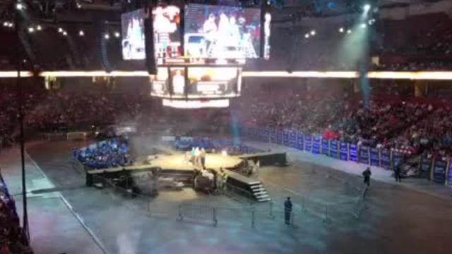 The 2018 Bassmaster Classic closed its first day of competition like it was the opening act of a concert.