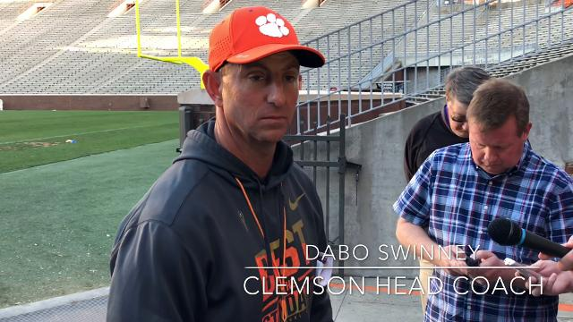 Clemson head coach Dabo Swinney and co-offensive coordinator Tony Elliott discuss the state of the team's tight ends and freshman Braden Galloway.