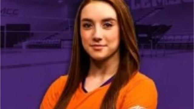 T.L. Hanna senior continues family legacy and signs with Clemson to play volleyball.