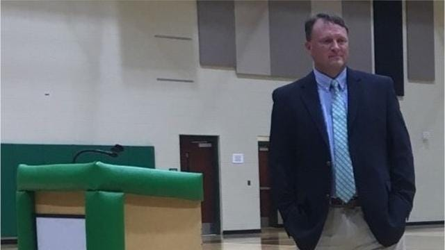 Mike Jones, a coach with 25 years of college experience, has been hired to direct the Easley High School boys basketball program.