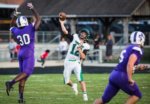 Reid Neal threw a 39-yard touchdown pass to Christian Hunt on the final play of Yorktown's 26-20 win over Central.