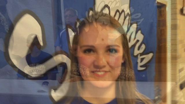 Jolie Rusznak, who only started diving in high school, has signed to dive for the Indiana State University Sycamores.