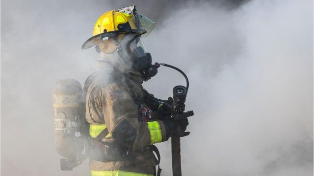 A call just before 11 a.m. indicated there was a structure fire at Muncie Mobile Home Park.By the time fire crews from the Muncie Fire Department arrived the structure had heavy flames billowing out of the mobile home. Fire produced smoke that was visible from the downtown Muncie area.