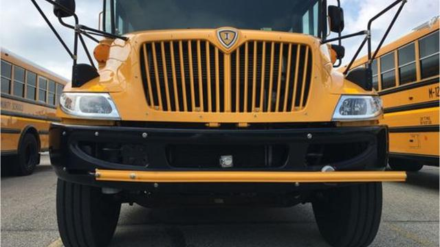 5 things to remember when you're near a school bus