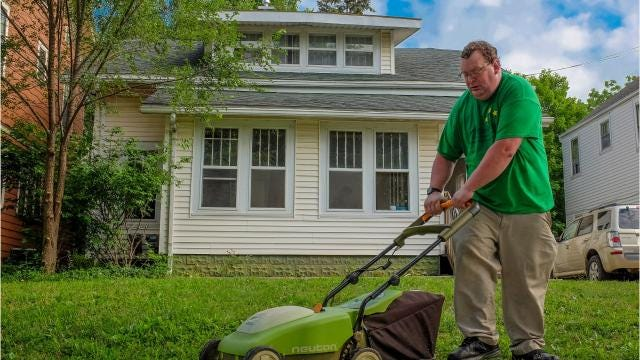 Eastfield neighborhood welcomes adults with disabilities in Lansing.