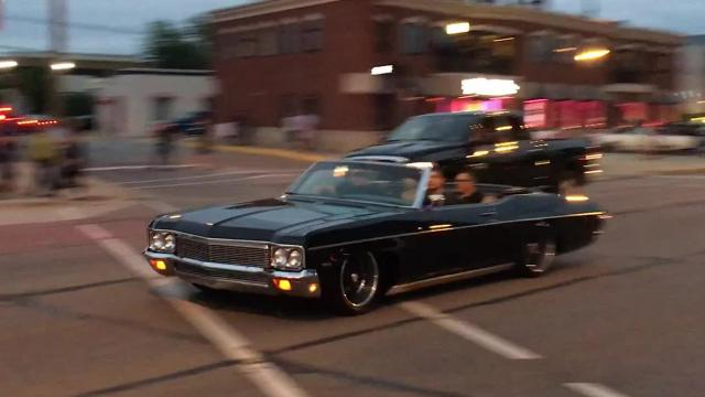 Car lovers enjoyed a perfect evening of greasy burgers, live music, libations, burnouts and simply relaxing to sound of revving engines and plenty of metal eye candy.