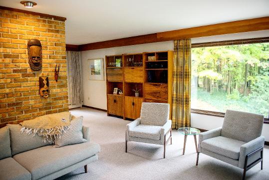 Tour this Grand Ledge mid-century modern home