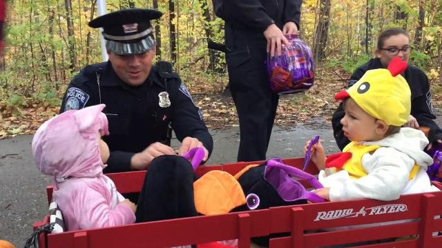Families gather for the 28th annual Halloween Stroll at Sanborn Park