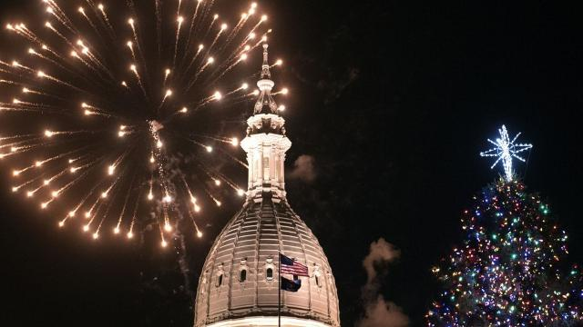 Here's a breakdown of Lansing's Silver Bells in the City event. On Nov. 17, 2017, it celebrated its 33rd year.
