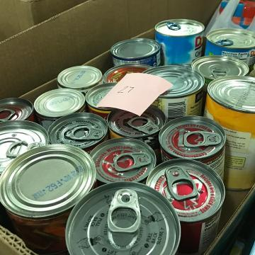 Delta Dental asked its workers what motivates them to donate food.