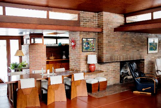 Tour this Okemos home designed by Frank Lloyd Wright
