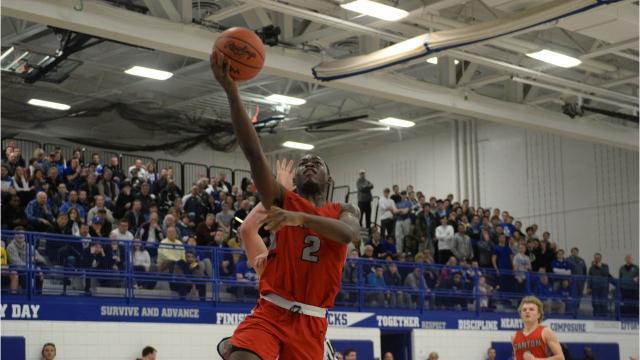 Boys basketball districts: Canton defeats Catholic Central 55-48