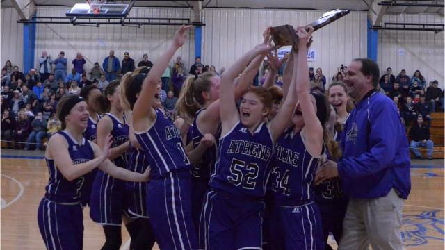 Indians get past Clippers, 41-28, to reach Class D state quarterfinals