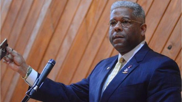 Conservative commentator Allen West speaks about Confederate monuments, Charllotesville and President Trump in Jackson on Thursday.