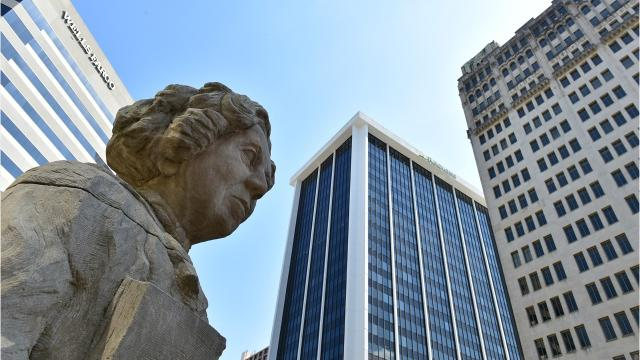 The Pinnacle at Jackson Place is a testament to the confidence attorneys have in downtown Jackson. Located on the corner of East Capitol Street and North Lamar streets, Jackson Placehas become a centralized hub for Jackson-based attorneys and a U.S. senator.