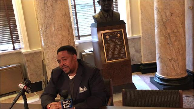 Jones said he will fight state auditor's demand to pay almost $80,000.