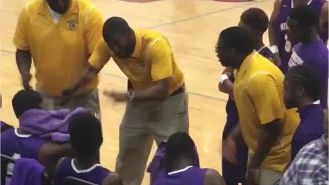 Sekoe White of the Mississippi School for the Deaf giving his team a pep talk in sign language goes viral.