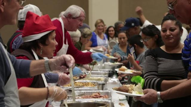 The annual event organized by Well in the Desert invites families, seniors, veterans, homeless and anyone who doesn't want to spend the holiday alone, out for food, music and entertainment for the kids.