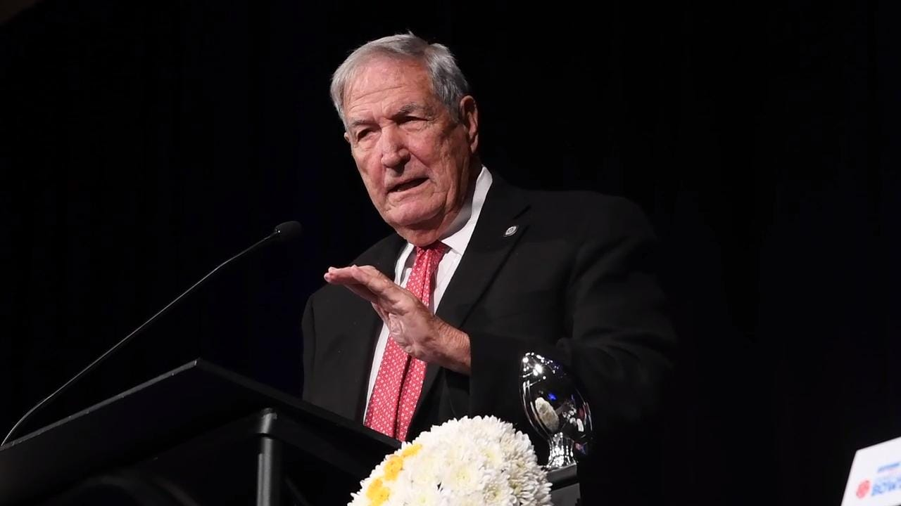 Coaching legend Gene Stalling gives advice to athletes as he is honored at the Camellia Bowl Alabama Legend luncheon in Montgomery, Ala. on Friday December 15, 2017.