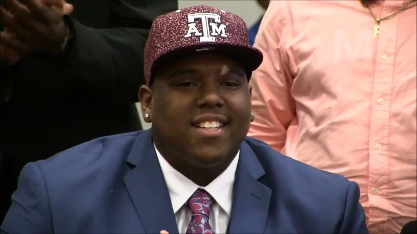 Tank Jenkins rolling to Texas A&M