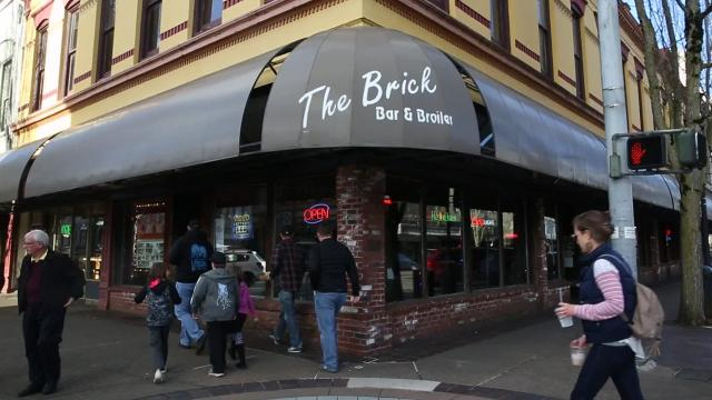 The Brick Bar & Broiler was busy on Saturday for their last day in business, after 25 years in downtown Salem.