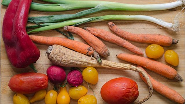 Throwing away bad food is not just costing you money and wasting the food itself but is wasting the water and energy it took to produce the food and bring it to market. Here are a few ways you can help reduce food waste for Earth Day and year-round.
