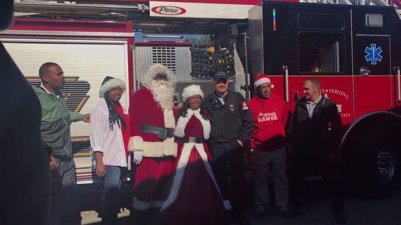 Santa and Mrs. Claus arrive at the Walker-Ford Center for Soul Santa on Dec. 16.