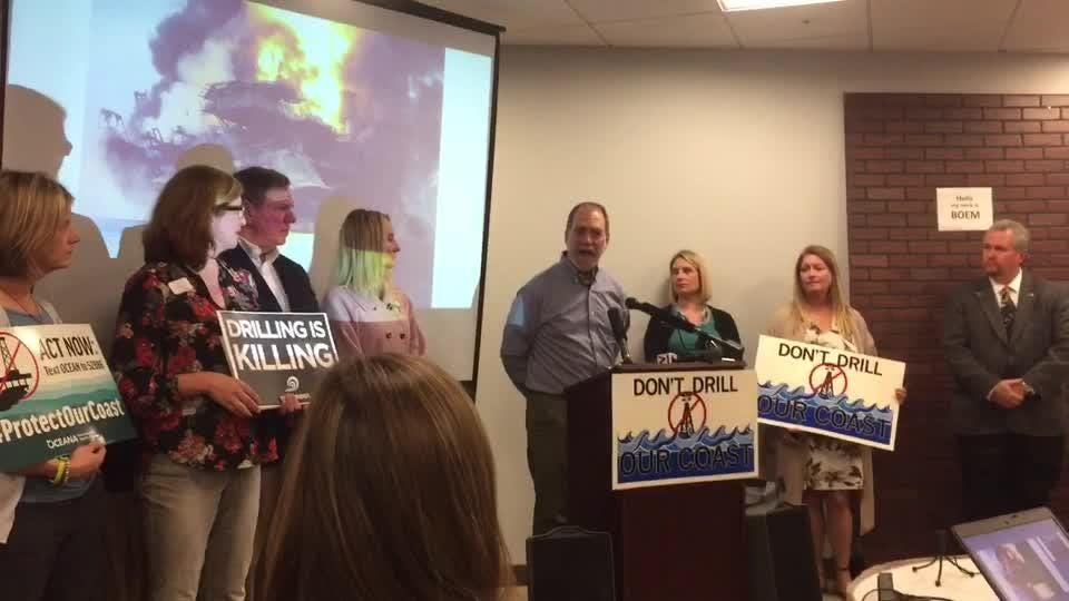 Environmentalists up in arms over proposal to allow oil and gas drilling off Florida coasts